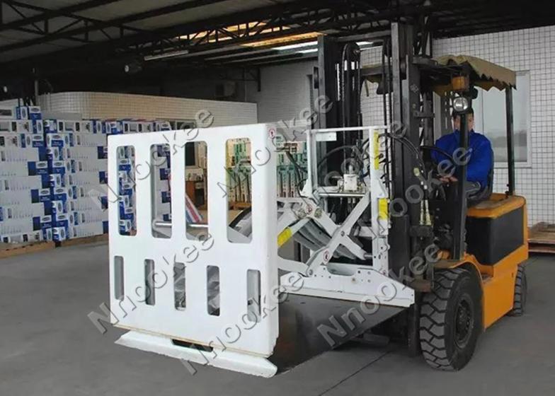 诺克叉车推拉器:箱装家电装车专用设备